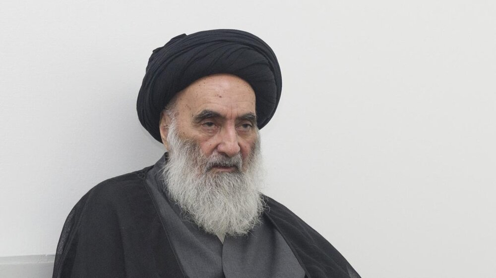 دعای آیت الله العظمی سیستانی در حرم امیرالمومنین(ع) برای ایران
