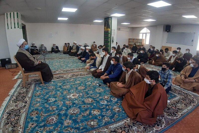 برگزاری کارگاه علمی و پژوهشی در حوزه علمیه کرمانشاه