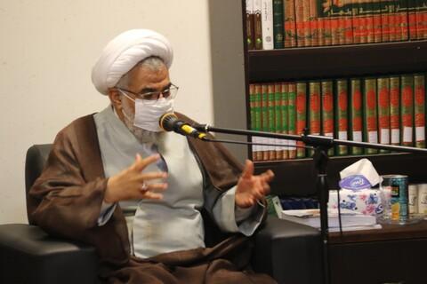 دیدار مسئول مرکز رسانه و فضای مجازی حوزههای علمیه با نماینده ولی فقیه در استان هرمزگان