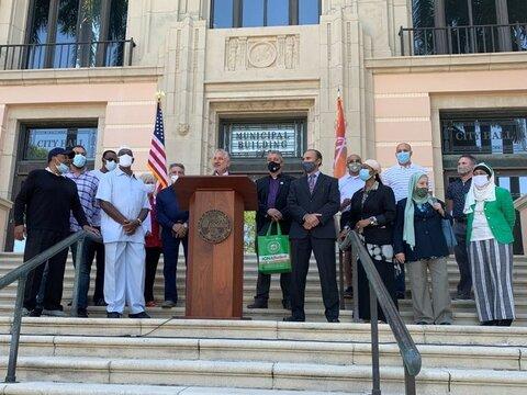 برگزاری بزرگداشت رمضان 2021 توسط شهرداری سنت پترزبورگ، فلوریدا