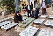 ادای احترام دبیرکل مجمع تقریب مذاهب به مزار ابومهدی المهندس