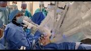 پزشک مسلمان اسکاتلندی رباتهای جراحی نوین به بیمارستان معرفی کرد