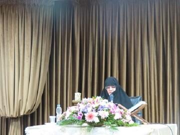 گذری بر فعالیتهای مدرسه علمیه حضرت خدیجه(س) تهران | فارغ التحصیلی ۵۰۰ بانوی طلبه