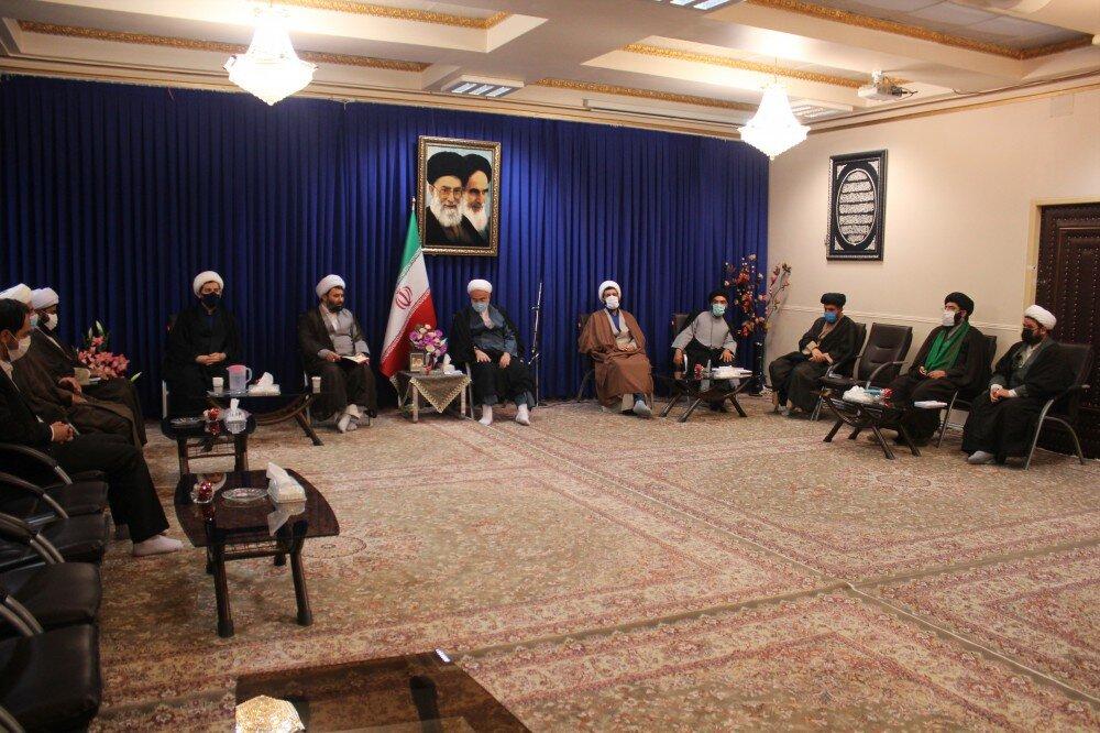 تصاویر/ دیدار حوزویان کردستانی با نماینده ولی فقیه در استان
