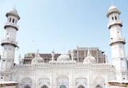کار بازسازی مسجد تاریخی دوران مغول در پیشاور پاکستان  آغاز شد