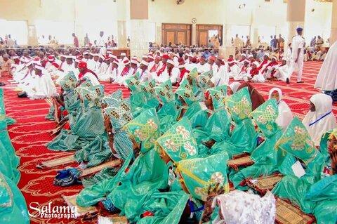 مراسم تخرج جمعی از حفاظ قران کریم در نیجریه