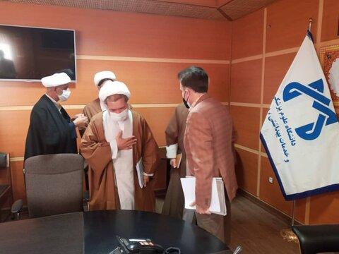 جلسه هماهنگی حضور طلاب جهادی در بیمارستان های قم