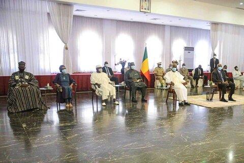 دیدار رییس جمهور مالی  با نمایندگان و رهبران ادیان