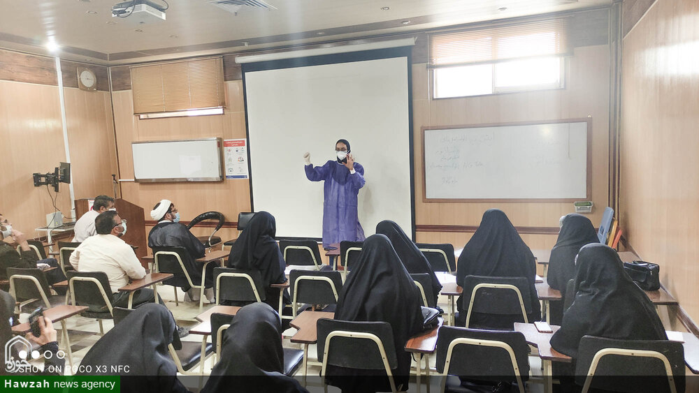 تصاویر/ جلسات توجیهی طلاب جهادی اصفهان داوطلب اعزام به بیمارستان کرونایی