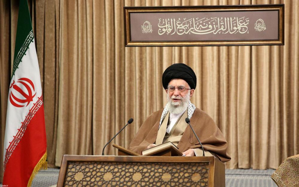 تصاویر/ محفل انس با قرآن کریم با حضور رهبر معظم انقلاب