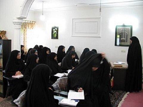 مدیر مدرسه علمیه حضرت آمنه(س) فریدونکنار: