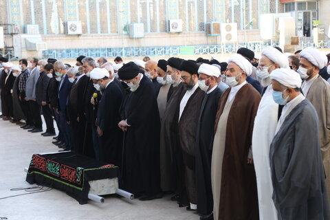 تصاویر/ تشییع پیکر حاج علی فاضل برادر مرحوم آیت الله العظمی فاضل لنکرانی