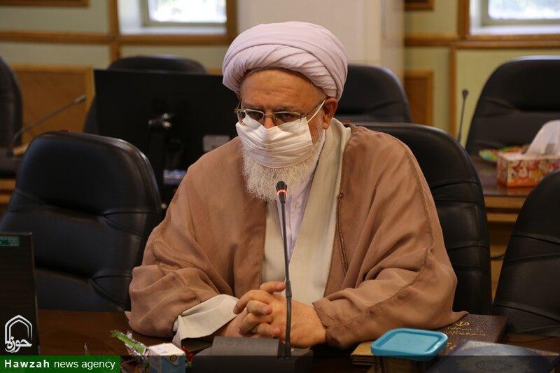 «فتاحی» رئیس امور روحانیون وزارت دفاع شد