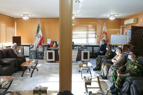 تصاویر / حضور امام جمعه قزوین در لشگر 16 زرهی استان به مناسبت روز ارتش