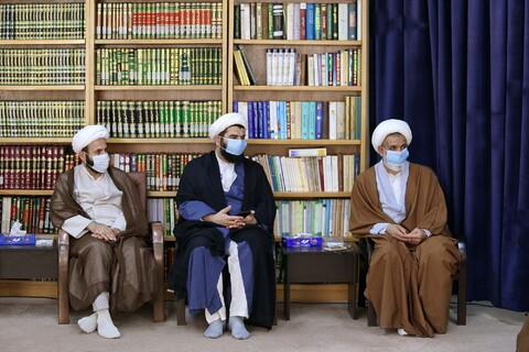 تصاویر/ دیدار مدیر مدرسه علمیه آیت الله بحجت قم با آیت الله اعرافی