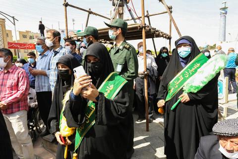 تصاویر/ مراسم تشییع و خاکسپاری پیکر شهید حجازی بر دستان مردم اصفهان