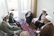 تصاویر/ دیدار نمایندگان آیت الله اعرافی با استاد پیشکسوت حوزه