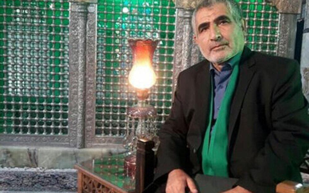 فیلم| شعرخوانی شاعر یزدی به مناسبت میلاد امام رضا علیه السلام
