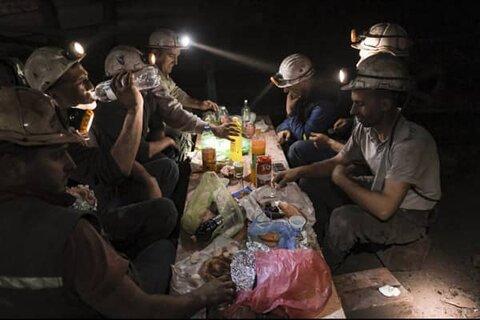 کار طاقتفرسا مانع از روزهداری معدنچیان مسلمان در بوسنی نشد
