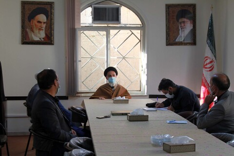 تصاویر/ دیدار اعضای مجمع نمایندگان استان همدان با رئیس حوزه علمیه استان