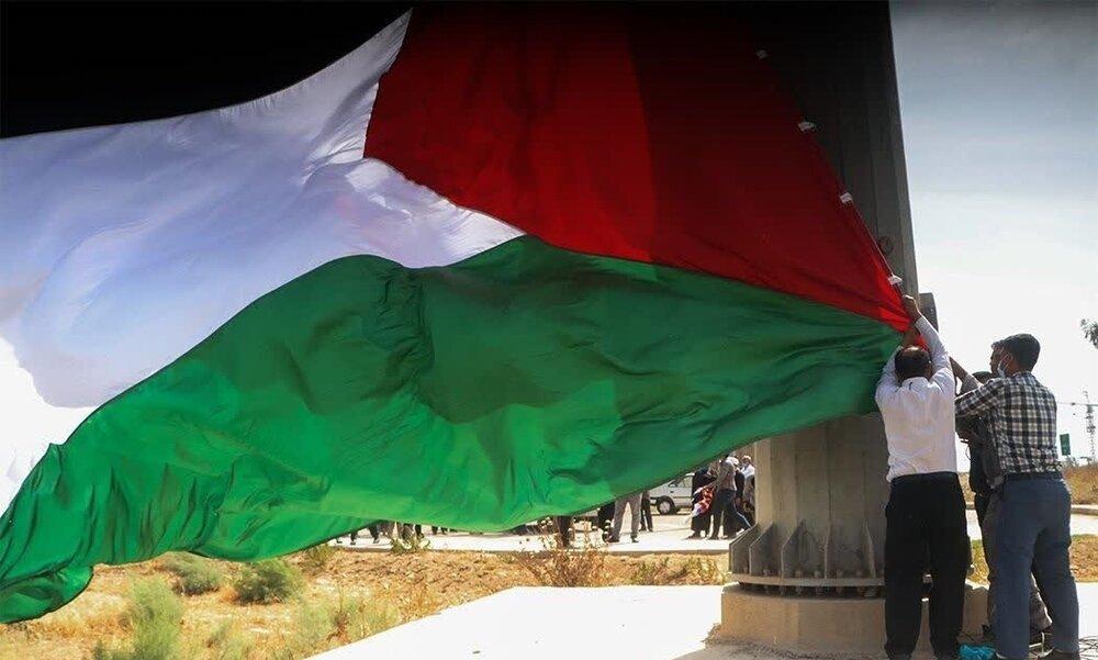اهتزاز پرچم فلسطین در قلب اهواز