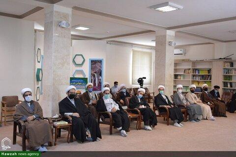 بالصور/ أساتذة المدارس العلمية يلتقون بممثل الولي الفقيه في محافظة أذربيجان الإيرانية