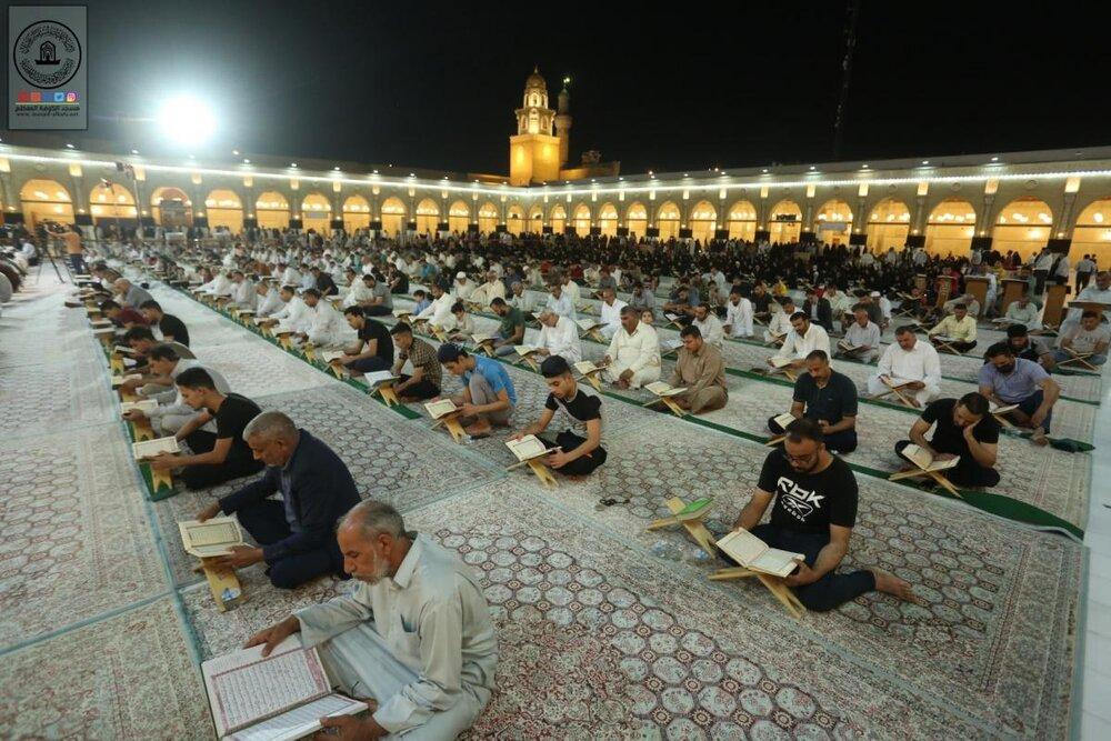 تصاویر/ جزء خوانی قرآن کریم در مسجد مقدس کوفه