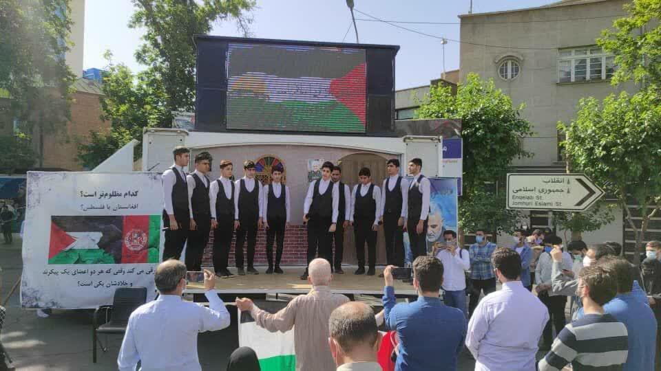 تصاویر/ راهپیمایی نمازگزاران تهرانی در حمایت از مردم مظلوم فلسطین