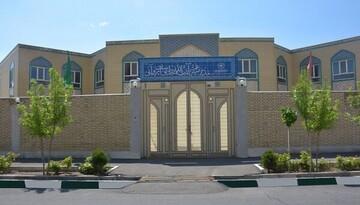 تربیت طلبههای مؤمن، انقلابی، اسلامشناس و عالم هدف اصلی مدرسه علمیه آیتالله ایروانی (ره) است