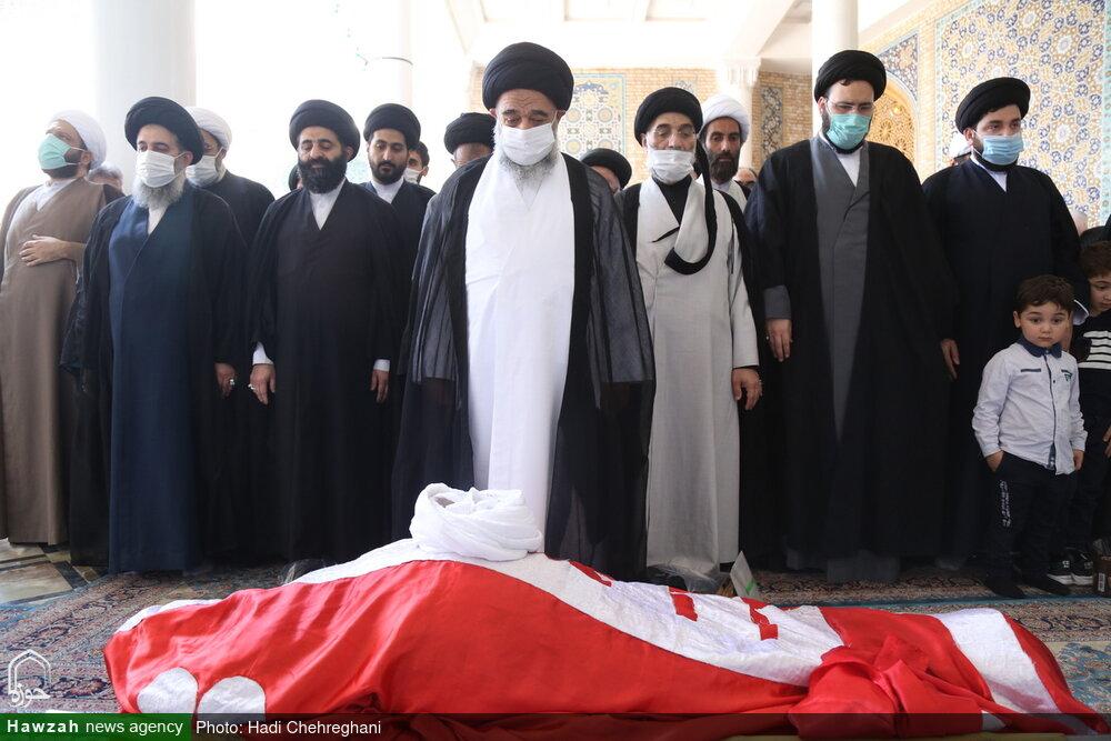 تصاویر / مراسم تشییع پیکر مرحوم حجت الاسلام والمسلمین علی شیخالاسلامی