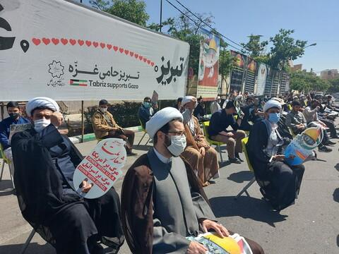 تصاویر / تجمع روحانیون و مردم تبریز در حمایت از ملت مظلوم فلسطین