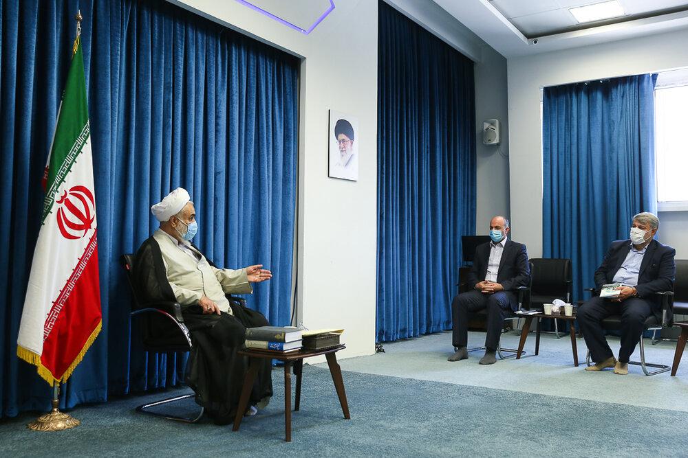 نماینده ولی فقیه در قزوین: جلوی سوءمدیریت ها و هدر رفت بیت المال گرفته شود