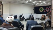 دیدار جمعی از پیشکسوتان جامعه قرآنی اهواز با نماینده ولیفقیه در خوزستان + عکس