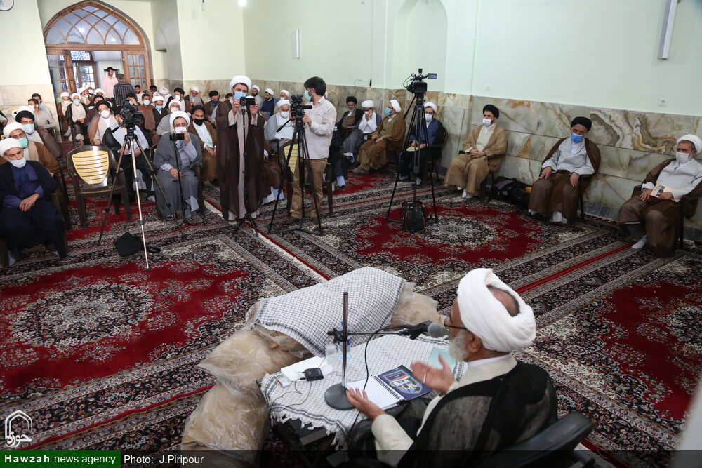 روحانیت به بصیرت افزایی انتخاباتی بپردازد/ دشمن در حال انفعال است