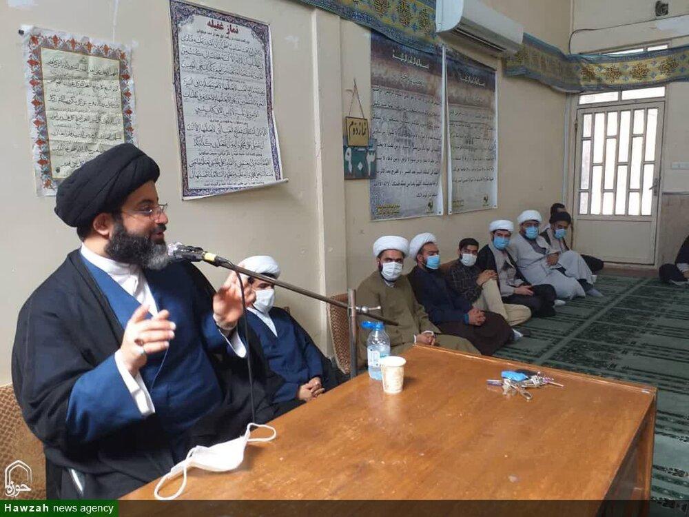 نشست بصیرتی قرارگاه تواصی مدرسه علمیه دارالعلم آیتالله بهبهانی اهواز + عکس