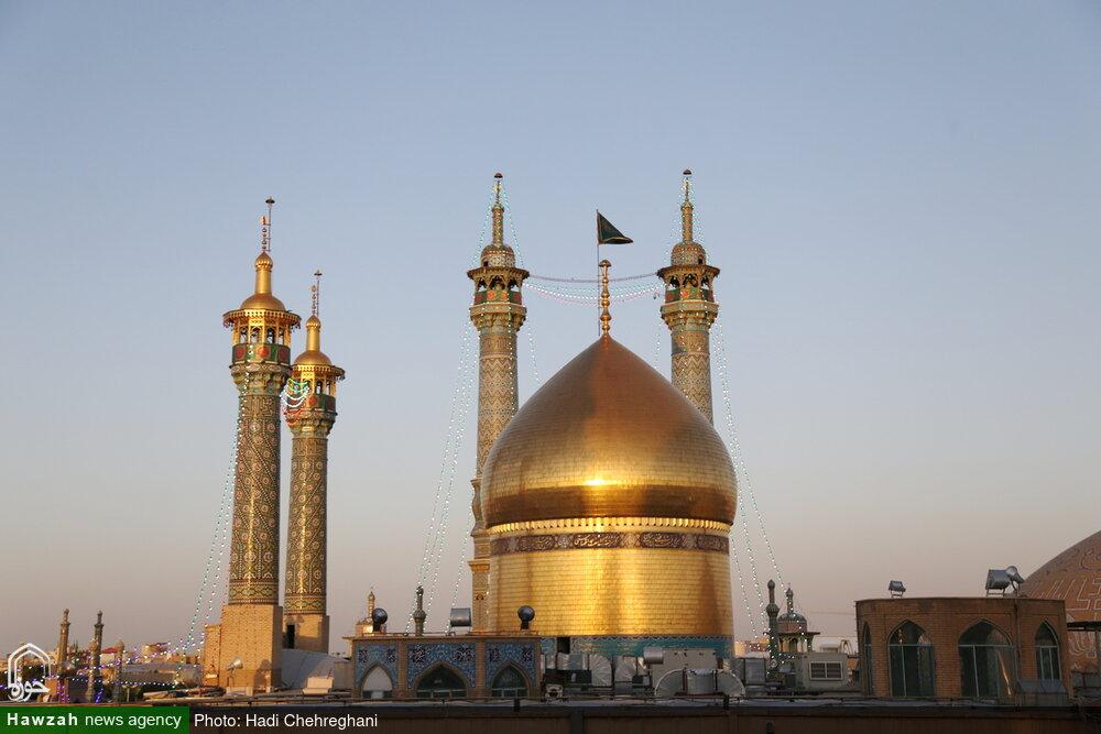 تصاویر / آئین تعویض پرچم حرم حضرت فاطمه معصومه(س)