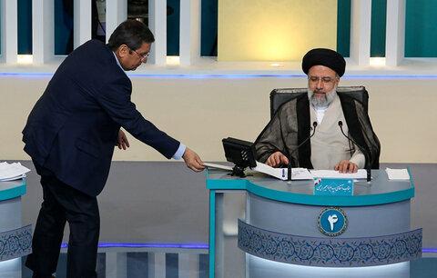 ارائه لیست بدهکاران بانکی از سوی عبدالناصر همتی به سیدابراهیم رئیسی