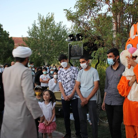 فعالیت گروه تبلیغی روای برای مشارکت حداکثری در انتخابات در پارک های تبریز