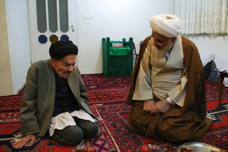 امام جمعه قزوین درگذشت روحانی پیشکسوت را تسلیت گفت