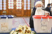 امام جمعه یزد رأی خود را به صندوق انداخت