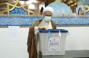 نماینده ولی فقیه در مازندران رأی خود را به صندوق انداخت