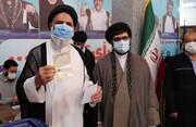 صوبہ خوزستان میں نمائندہ ولی فقیہ نے اپنا ووٹ کاسٹ کر دیا