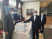 پاکستان میں ایرانی سفیر کی انتخابات میں شرکت؛ انتخابات میں ایرانی قوم کی پرجوش شرکت دوسرے ممالک کے لئے ایک واضح مثال