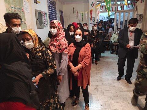 حضور قابل وصف مردم زلزله زده شهر سی سخت انتخابات