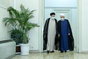 اسلامی جمہوریہ ایران کے صدر ڈاکٹر حسن روحانی نو منتخب صدر کو مبارکباد پیش کرنے سپریم کورٹ پہنچ گئے +تصاویر