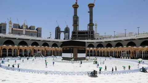 ورود اولین گروه حجاج بیت الله الحرام برای ادای مراسم حج در مکه مکرمه