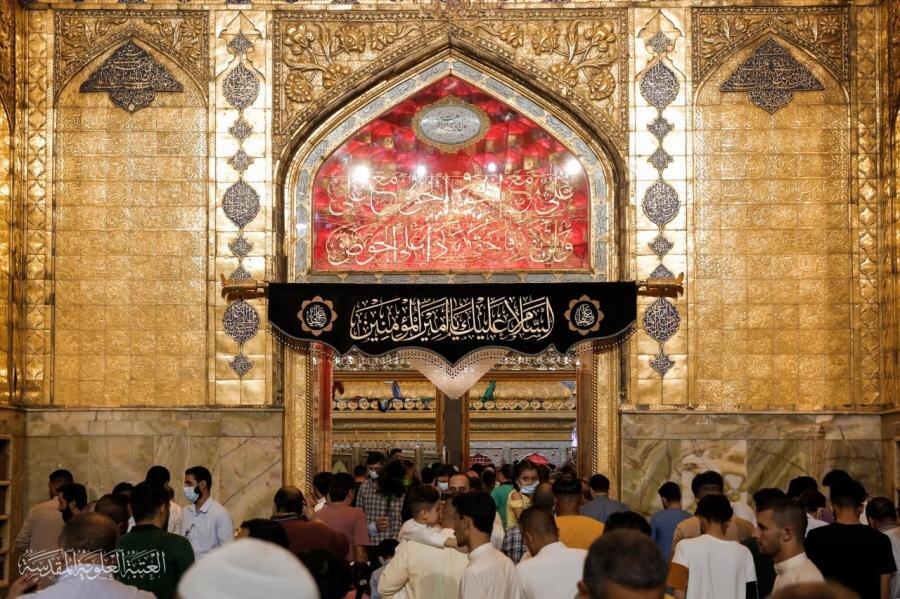 تصاویر/ حضرت امام محمد باقر (ع) کے یوم شہادت کے موقع پر حرم امیرالمومنین (ع) سیاہ پوش و عزادار