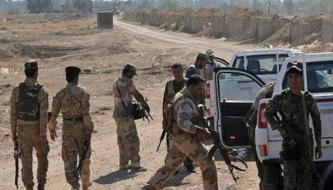 حمله داعش به پایگاه ارتش عراق در صلاحالدین