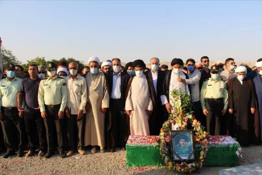 مراسم تدفین پیکر مطهر شهید ضرغام پرست، شهید نظم و امنیت در رامهرمز برگزار شد