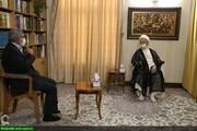 """بالصور/ قائد """"فيلق القدس"""" يلتقي بالمرجع الديني الشيخ مكارم الشيرازي بقم المقدسة"""